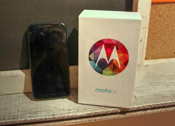 Moto X Out Of The Box