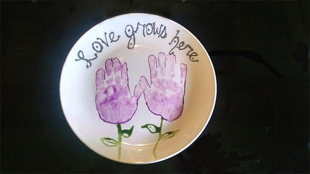 How To Create A Decorated Handprint Plate