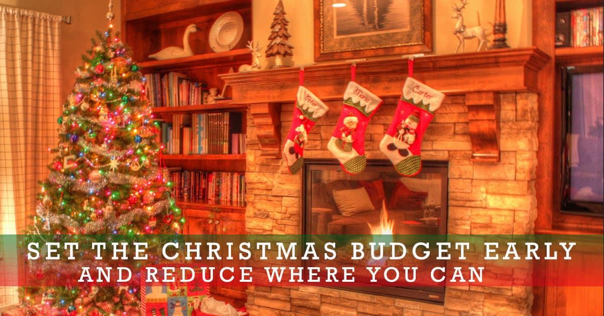 set-the-christmas-budget-early-social.jpg