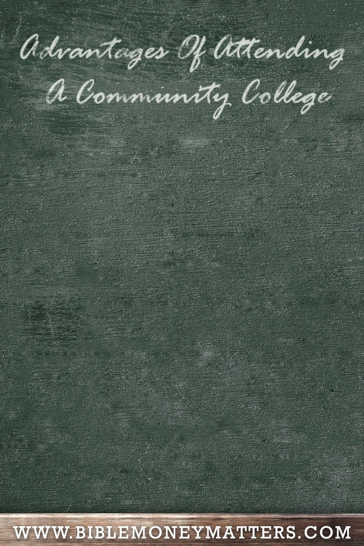 While most students dream of attending particular universities, community colleges offer many unique advantages that most universities can't offer.