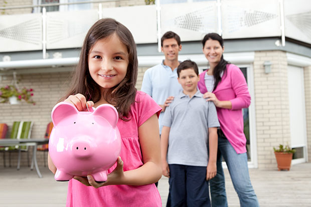 How To Teach Your Kids To Budget At Every Age