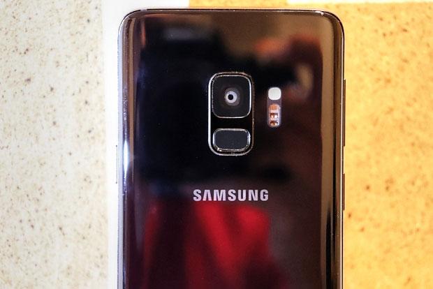 Gen Mobile Samsung Galaxy S9 camera