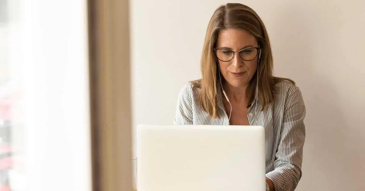 30 Legit Online Jobs That Pay Well 2021 Update